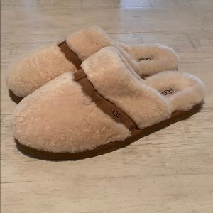 UGG fur slippers NWOT